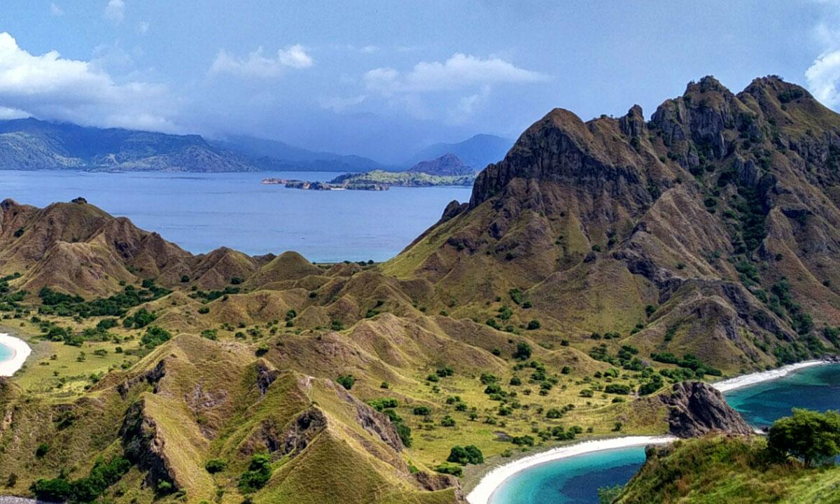Explore Komodo And Flores Island